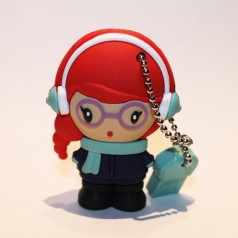 http://shop.usbdolls.com/33-102-thickbox/yuki-usbdolls-pendrive-4gb.jpg